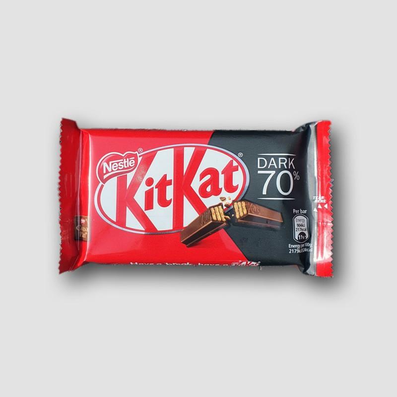 Kitkat dark 70% cocoa chocolate bar